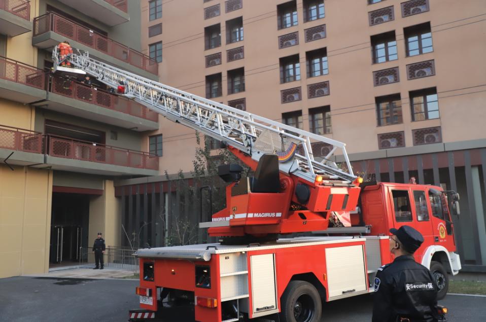 消防云梯车1.png